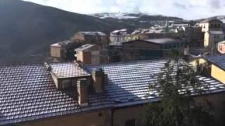 """Castelluccio Valmaggiore """"brizzolata"""" col sole (video)"""