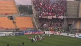 Lecce-Foggia 2-3: l'aggressione, i 700 al Via del Mare e una squadra fantastica