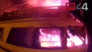 Vieste, il traghetto in fiamme