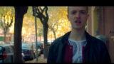 Il rap di Michele nelle strade di Foggia