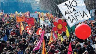 In migliaia a Foggia contro le mafie: ecco le strade chiuse al traffico