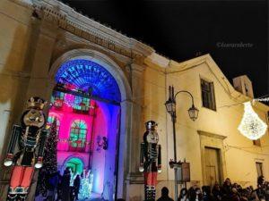 Casa Di Babbo Natale Candela.Candela Paese Del Natale Ci Sono Anche Cristina D Avena E Violante