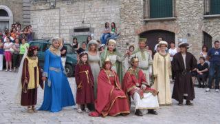 A Orsara il corteo storico dei monaci guerrieri