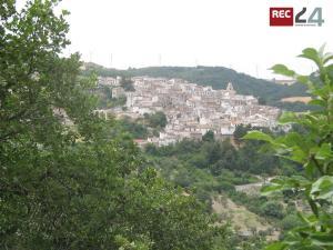2 Alberona panoramica 1